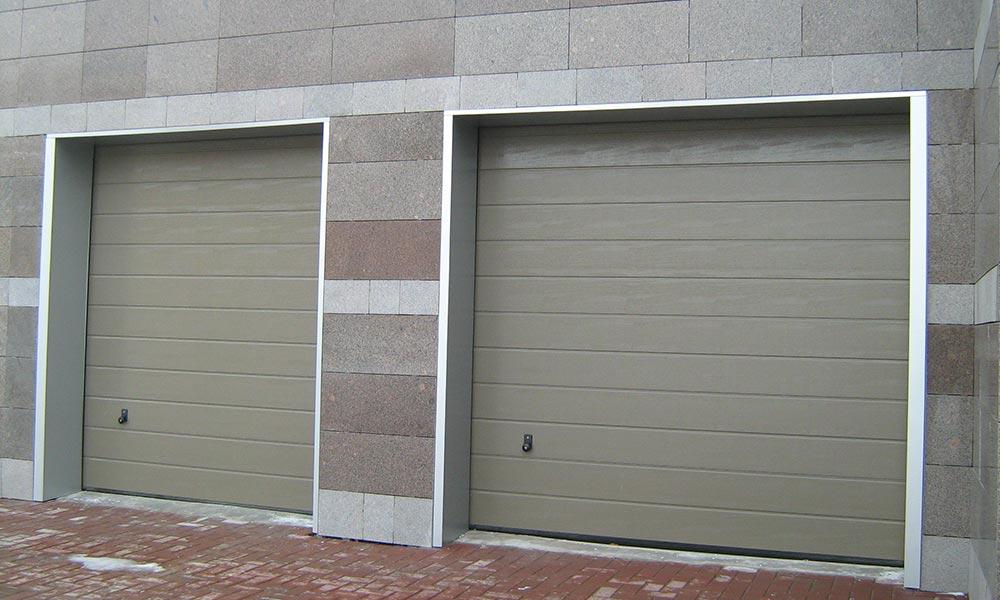 Гаражные ворота Херманн M-гофр с покраской в нестандартный цвет по RAL