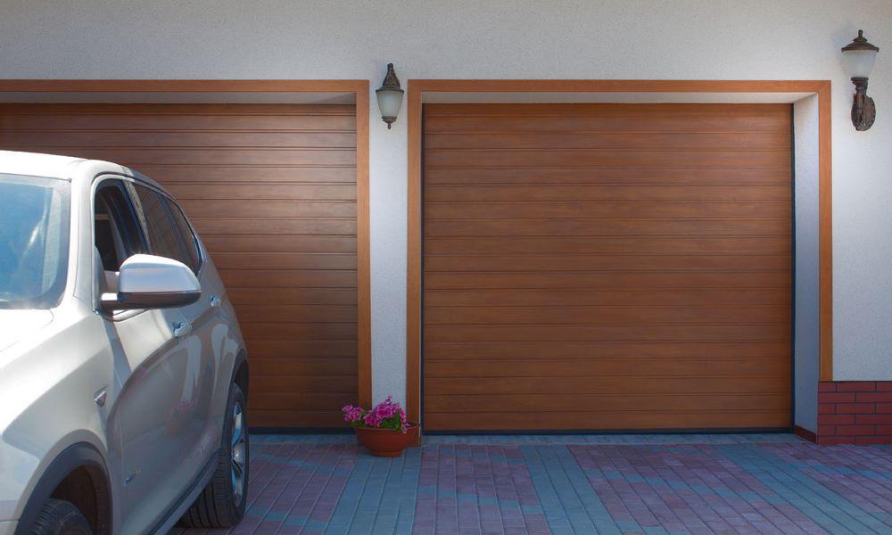 Гаражные ворота Prestige S-гофр Золотой Дуб