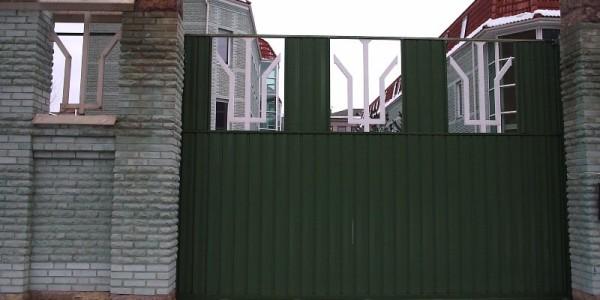 Откатные ворота с орнаментом
