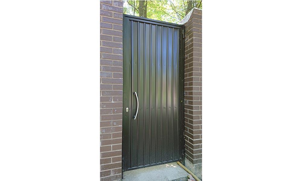 Распашные ворота для вашего дома
