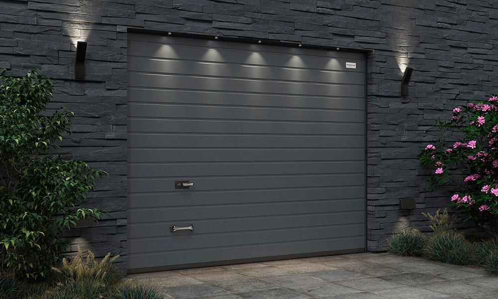 Гаражные ворота Prestige Алютех S-гофр WoodGrain цвет ADS703 антрацит